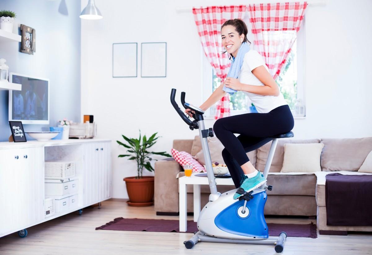 Kom i form hjemme hos dig selv med en motionscykel