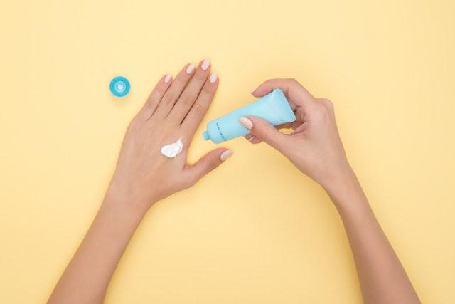 Pas godt på huden – helt naturligt med CBD-olie